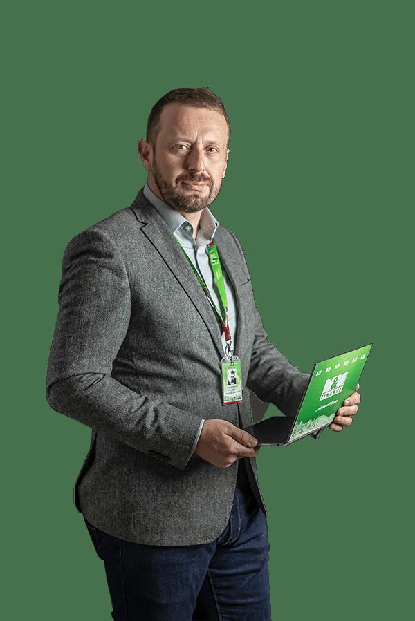 Petr Pařízek - realitní makléř